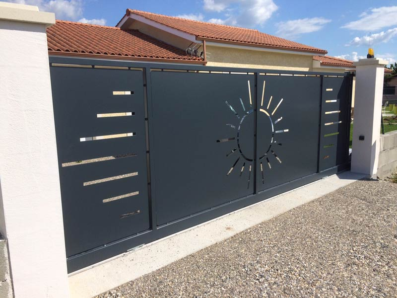 portail acier plein. Black Bedroom Furniture Sets. Home Design Ideas