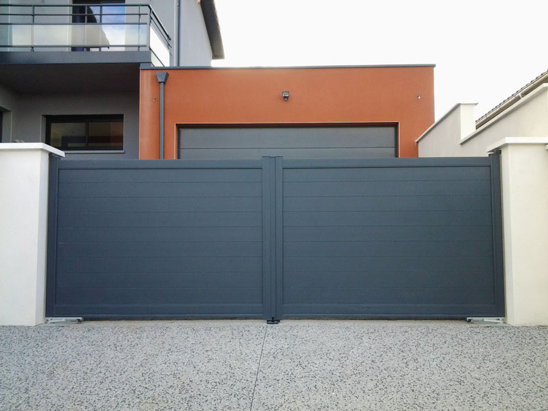 portail alu plein moderne lyon 69. Black Bedroom Furniture Sets. Home Design Ideas